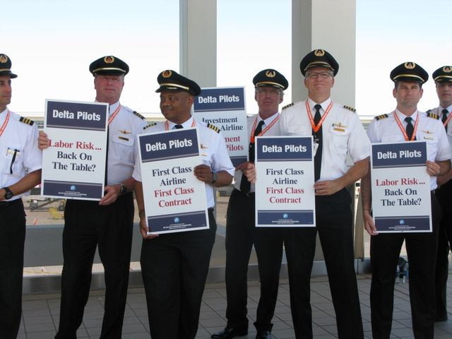 Delta Airlines Pilots Hold Protest Over Stalled Contract