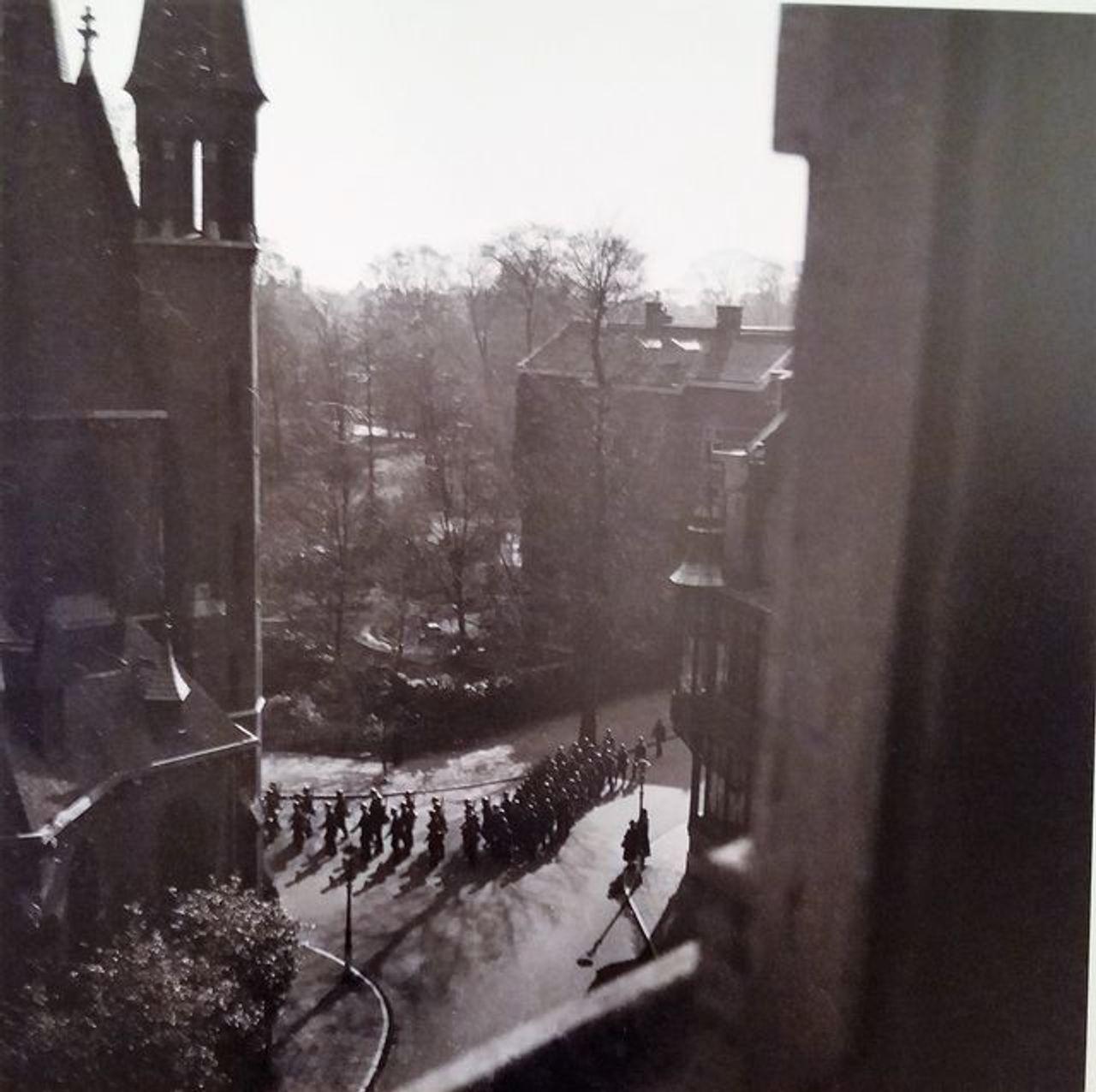 Maria Austria, German soldiers marching in Amsterdam, 1944-45. Maria Austria Instituut, Amsterdam