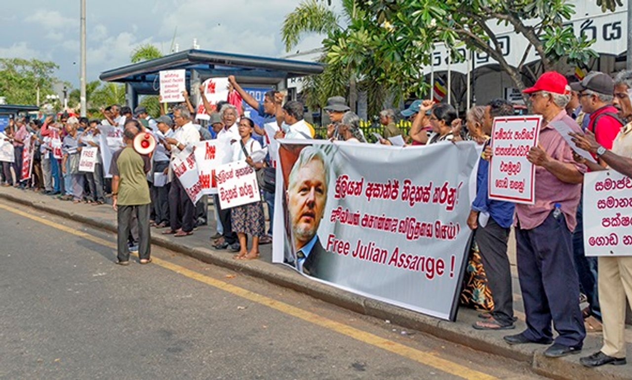 Sri Lankans demonstrate for freeing war crimes whistleblowers Julian Assange and Chelsea Manning