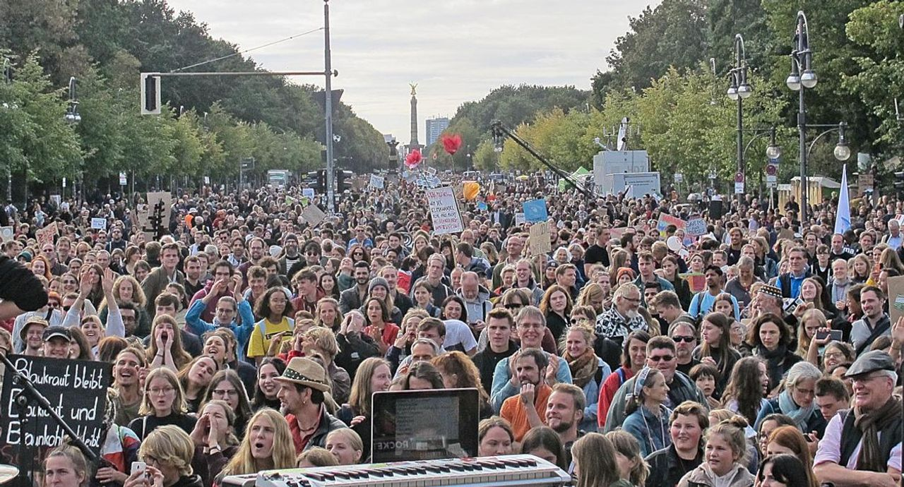 Tens of thousands protest at Berlin's Brandenburg Gate, Germany
