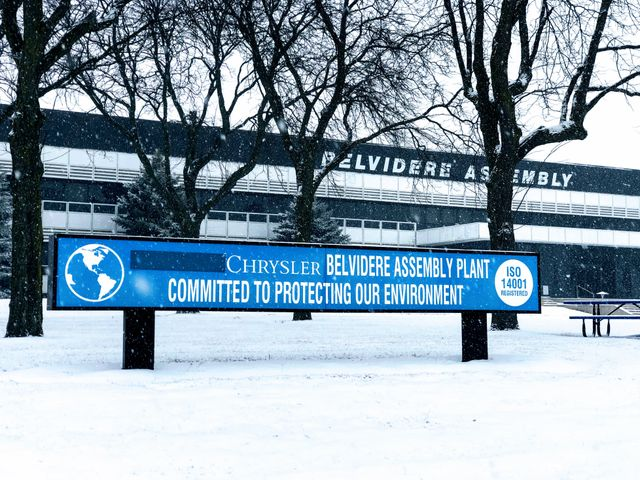 Fiat Chrysler uses robocall to announce more layoffs at Belvidere