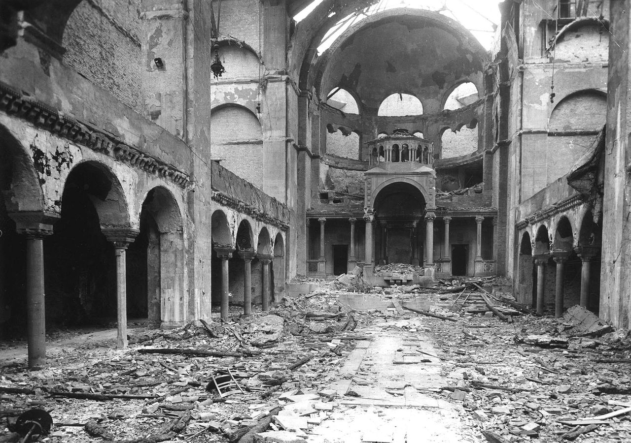 A destroyed synagogue in Berlin after the pogrom of November 9-10, 1938, © Yad Vashem Photo Archives