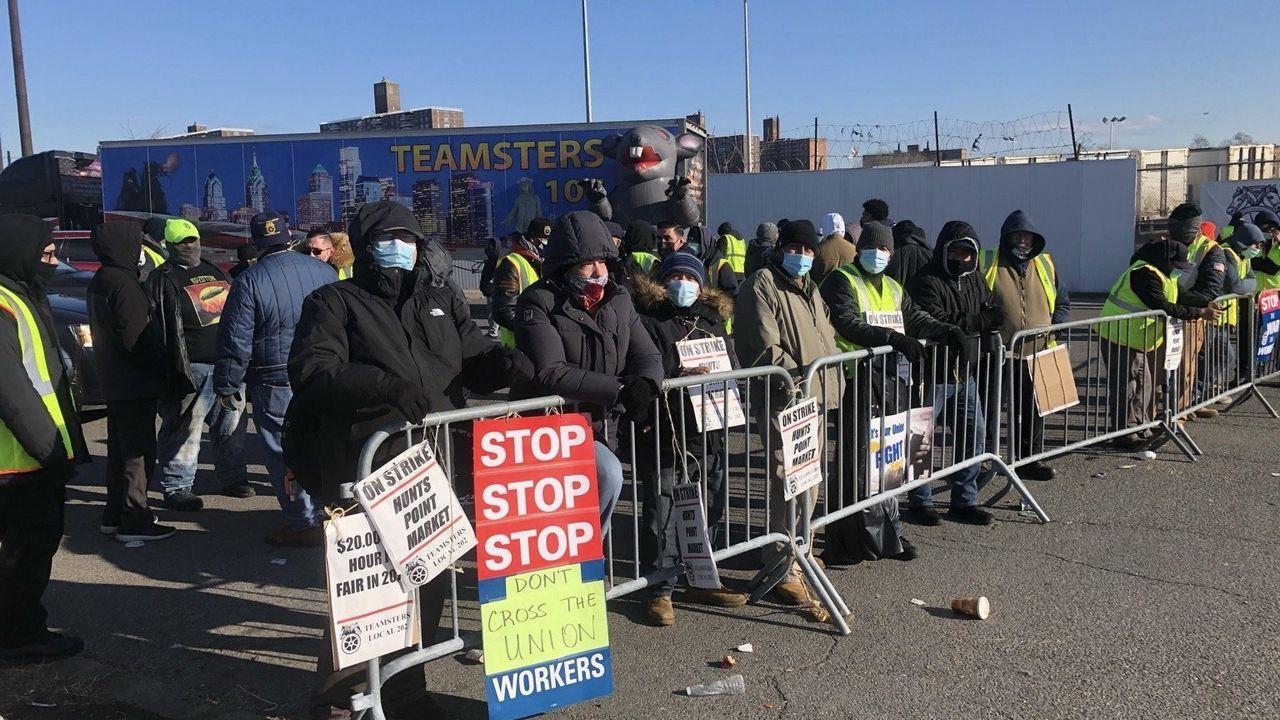 Streik-in-Gro-markt-in-New-York-City-abgew-rgt