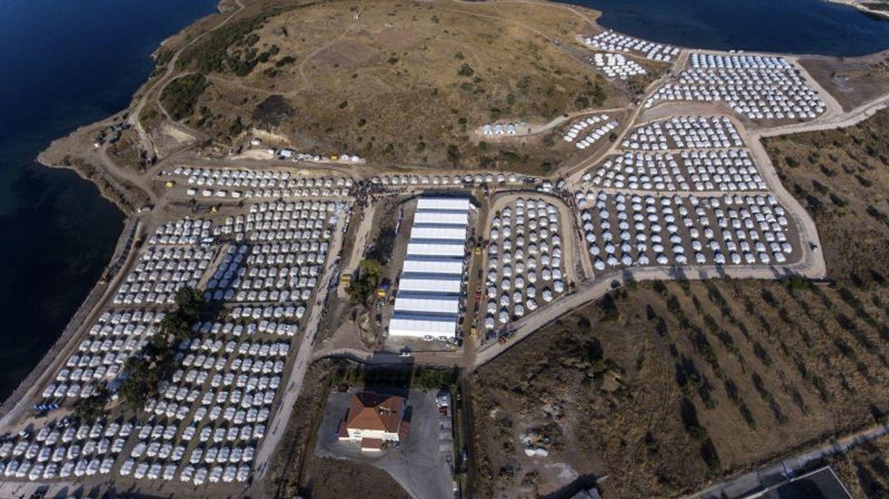 """""""Wir haben weniger Rechte als Tiere"""": Das unerträgliche Leben im griechischen Flüchtlingslager Kara Tepe"""