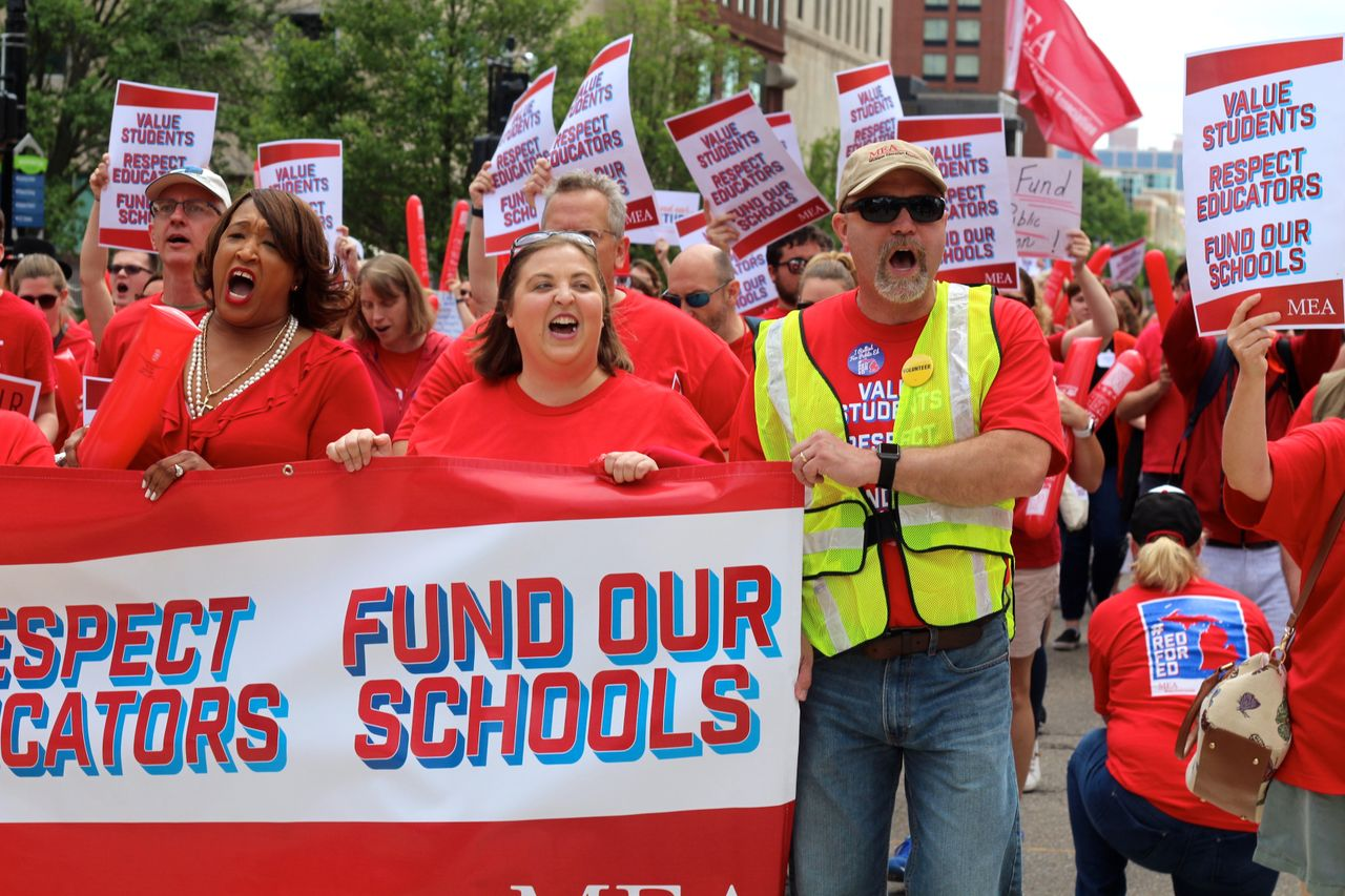 """Michigan teachers rally to """"fund our schools"""" after 20 years"""
