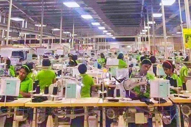 ba7b4c2ae7 Sri Lanka  Kilinochchi garment workers denounce harsh working ...