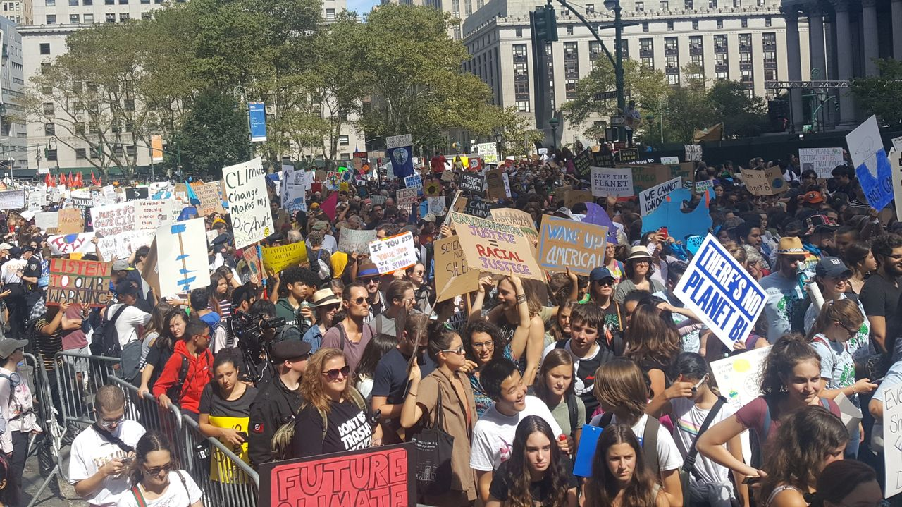 Organizers estimate 250,000 marched against climate change in New York City