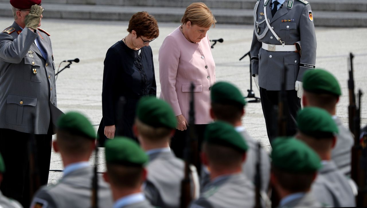 German Defence Minister Kramp-Karrenbauer threatens Russia and China in interview