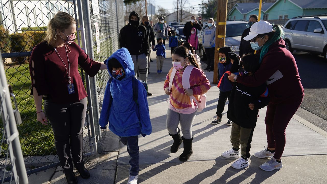 Educators in Oakland and across US determined to close schools and contain the pandemic