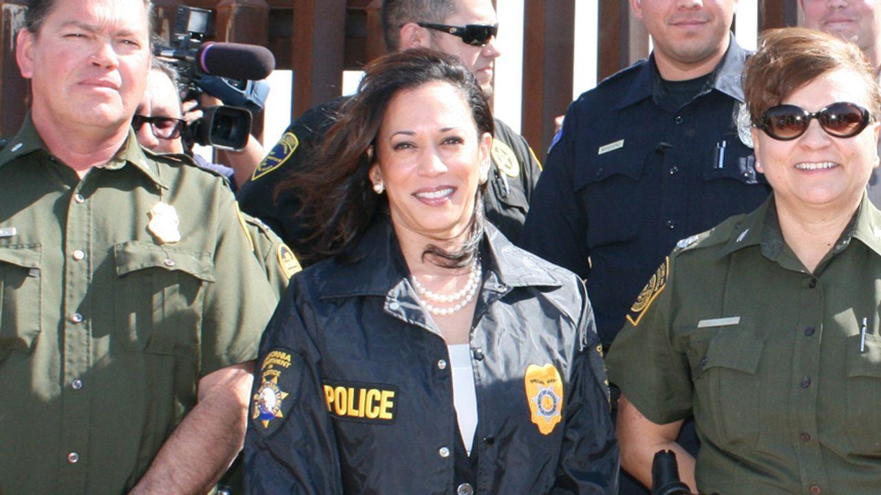Biden Picks Former Law And Order Prosecutor Kamala Harris To Be His Democratic Running Mate World Socialist Web Site