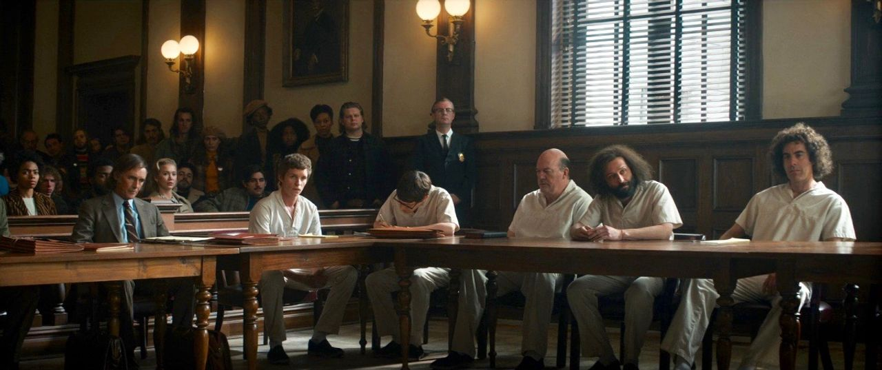the trial of chicago 7 recensione