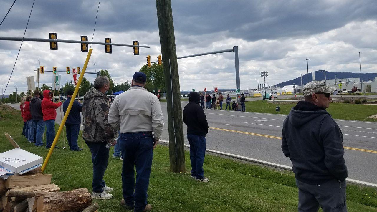 Australian educators urge support for US Volvo workers strike