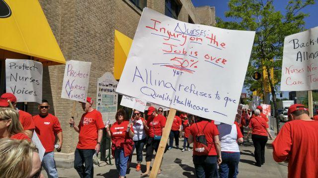 Minnesota nurses demonstrate against health care cuts