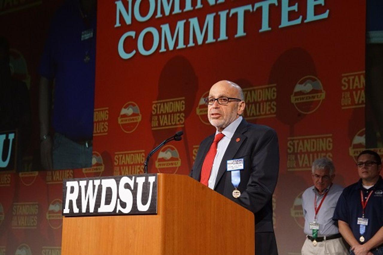 Leading the Amazon unionization drive: RWDSU President Stuart Appelbaum, a state operative