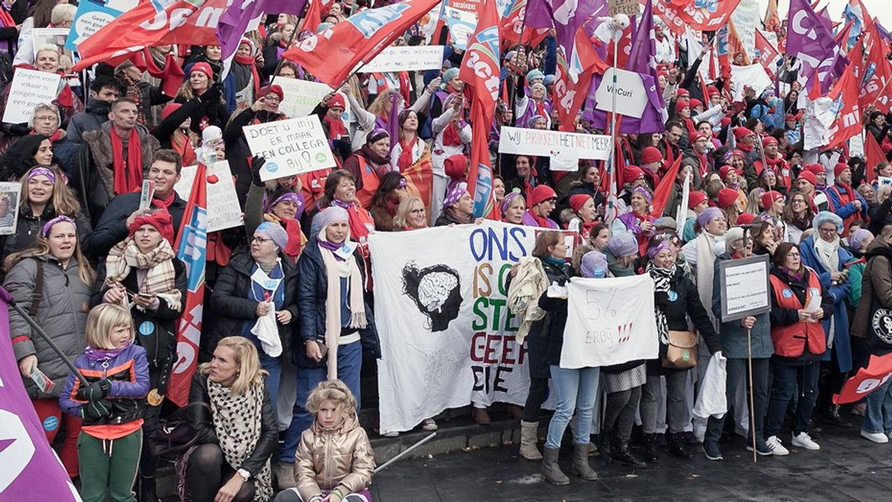 Striking health workers in the Netherlands