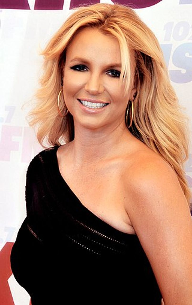 Pop Star Britney Spears Social Media Posts Go Viral After Telling Public To Re Distribute Wealth And Strike World Socialist Web Site