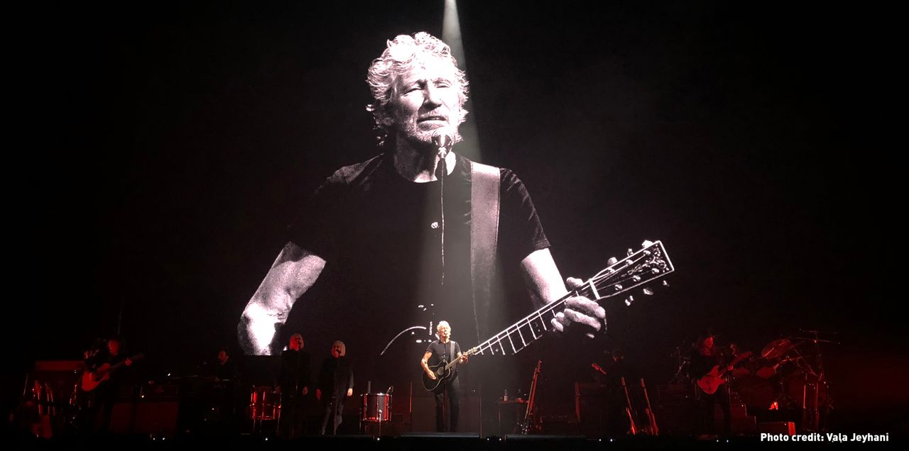 Acclaimed musician Roger Waters calls on people to demonstrate in Australia to defend Julian Assange
