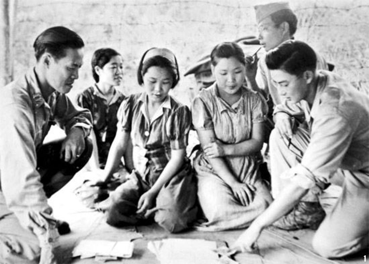 Comfort women interrogated by the US army 1944