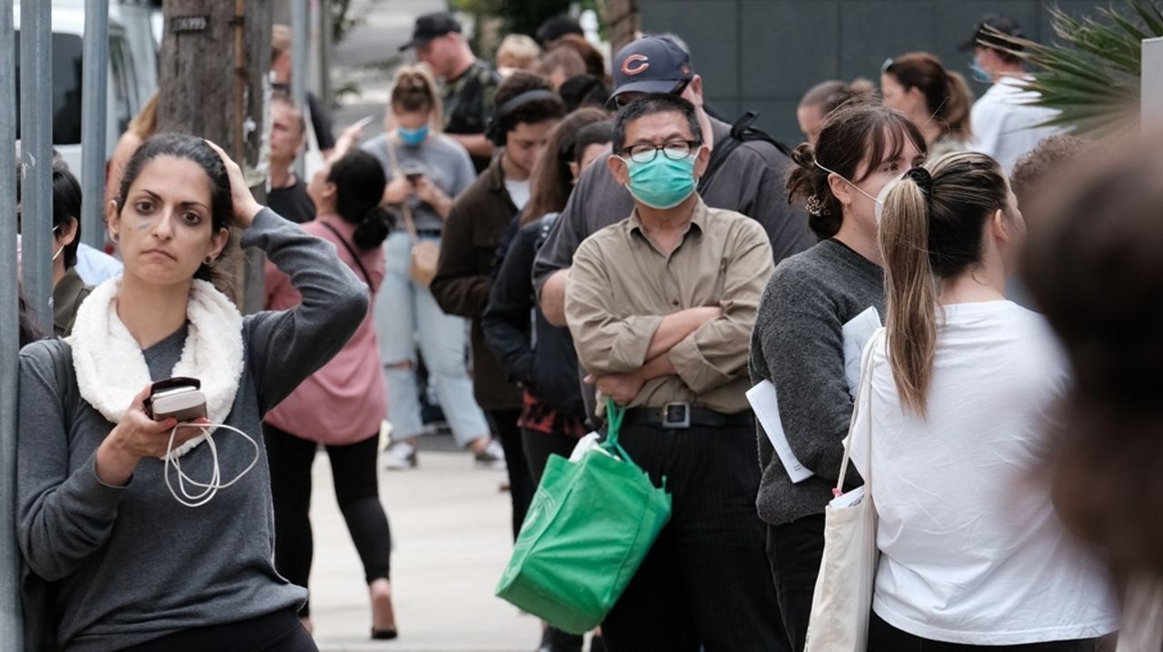Millions of Australian workers forced to deplete their retirement funds amid pandemic