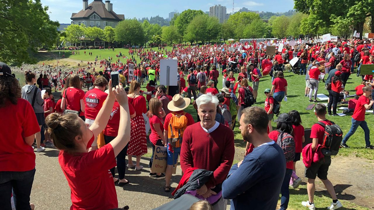 Oregon educators: Unite to halt the reopening of schools and save lives!