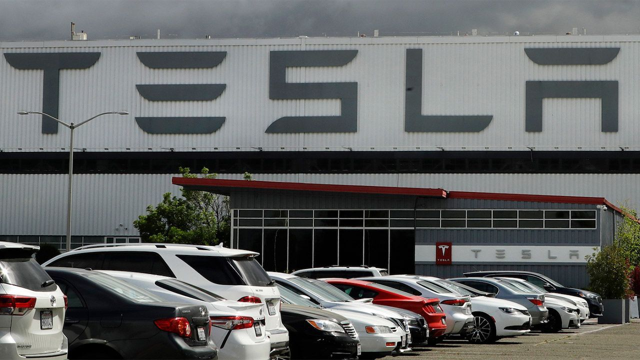 Tesla's 2020 reopening led to hundreds of COVID-19 infections among workers, county health data show