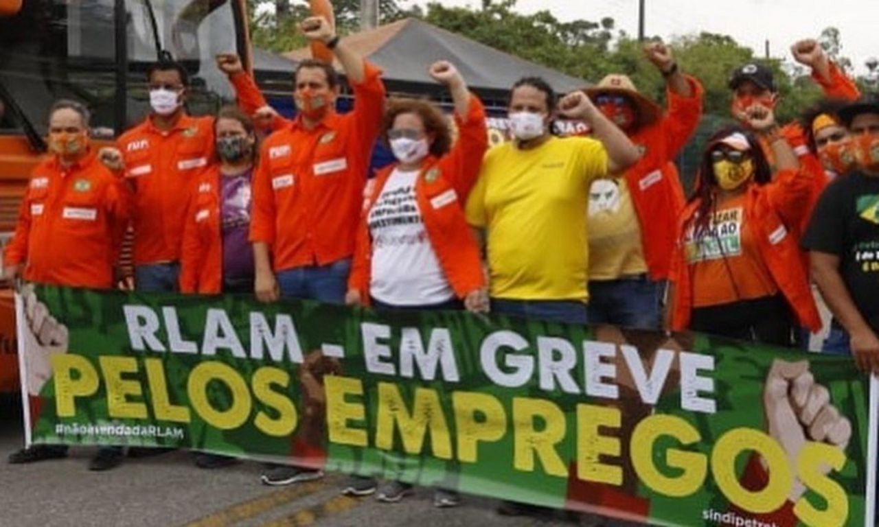 Facing COVID-19 outbreaks and privatization, oil workers shut down refineries in Brazil