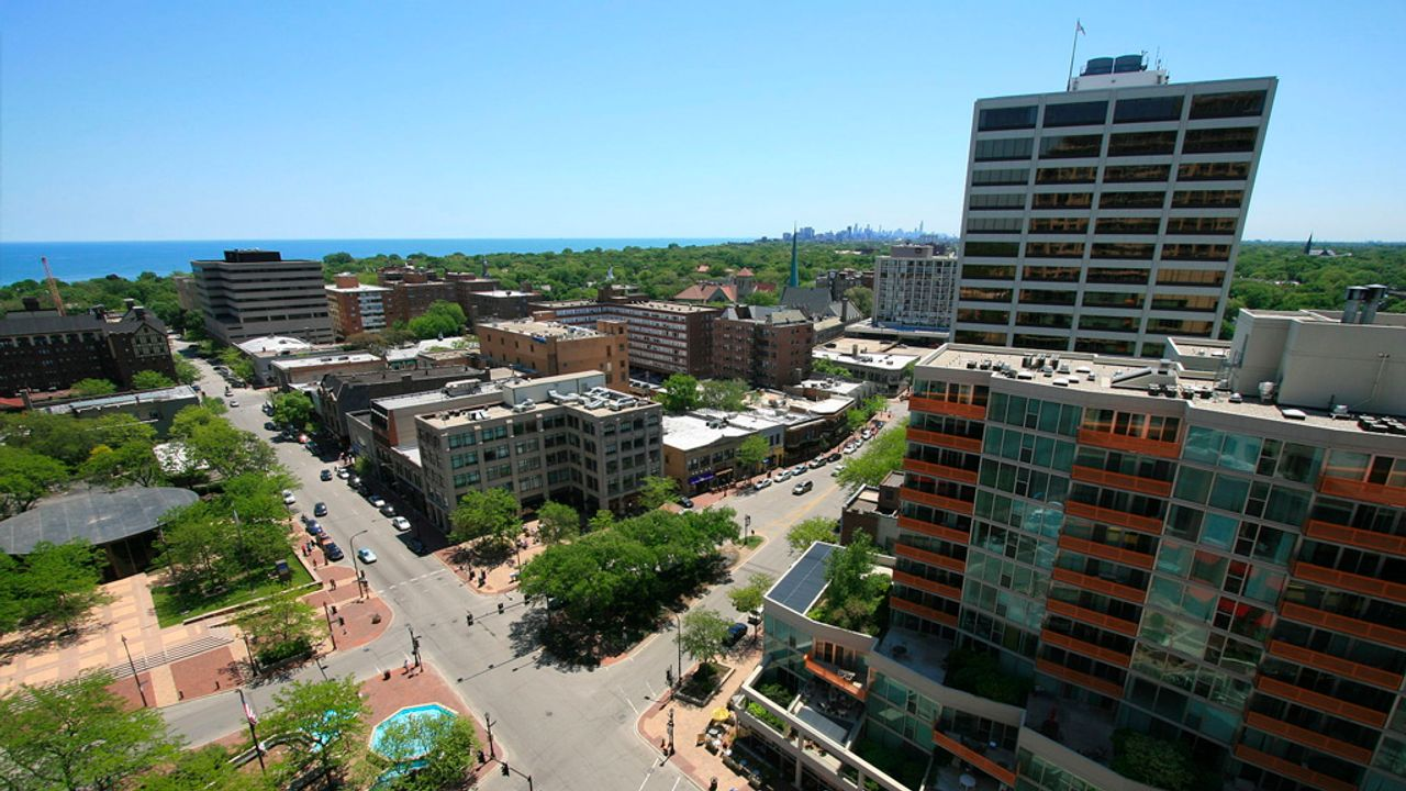 Evanston, Illinois city council votes to enact racial reparations program