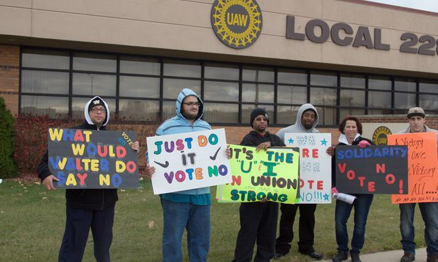 2018 ford uaw holidays. beautiful ford ford sterling axle workers call for u0027nou0027 vote at informational meeting  thursday inside 2018 ford uaw holidays n
