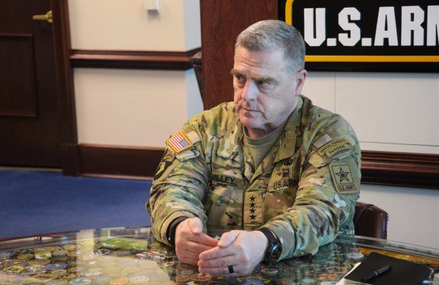 American Army datant escroqueries