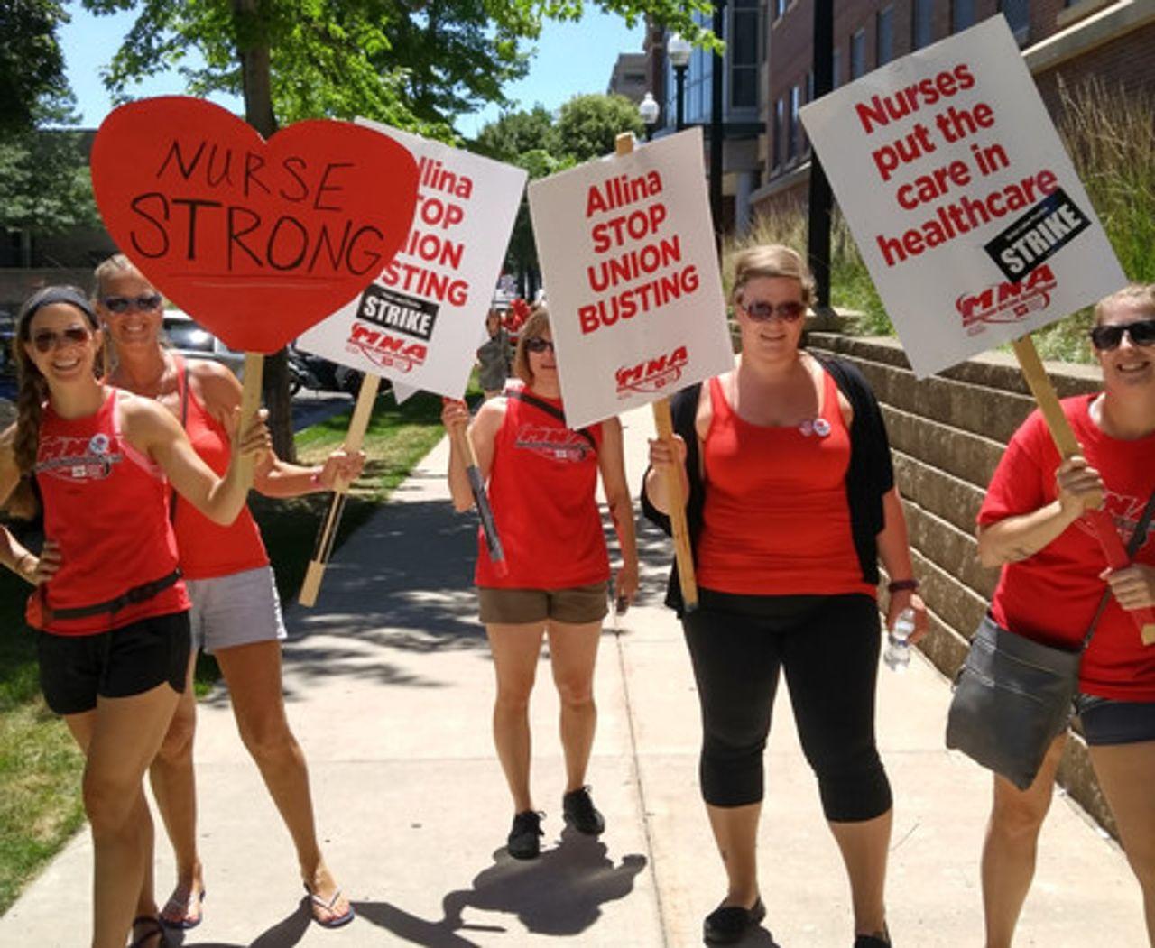 Striking Minnesota nurses reject Allina's contract proposal