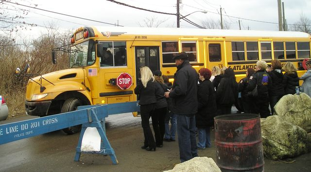 Union Officials Offer To End Ny School Bus Strike And