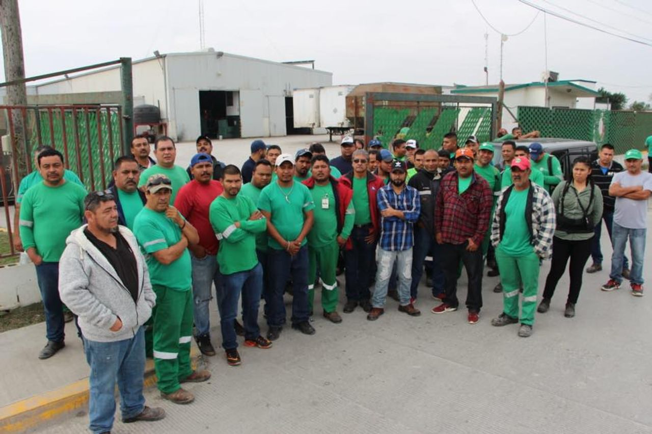 Matamoros trash collectors on strike