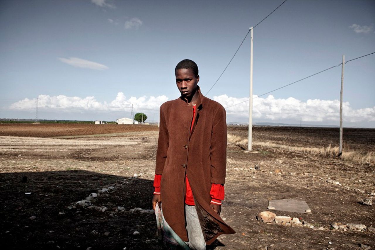 Basilicata. Portrait of a seasonal worker, Yousef Bande from Burkina Faso [Photo: © Alessandro Penso]