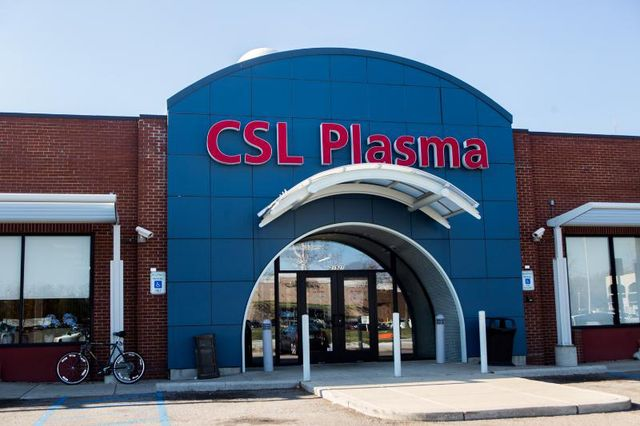 Metro Detroit residents sell plasma to support families