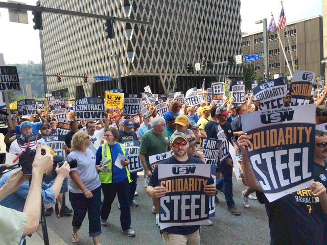As contract expires, USW orders steelworkers to stay on the job