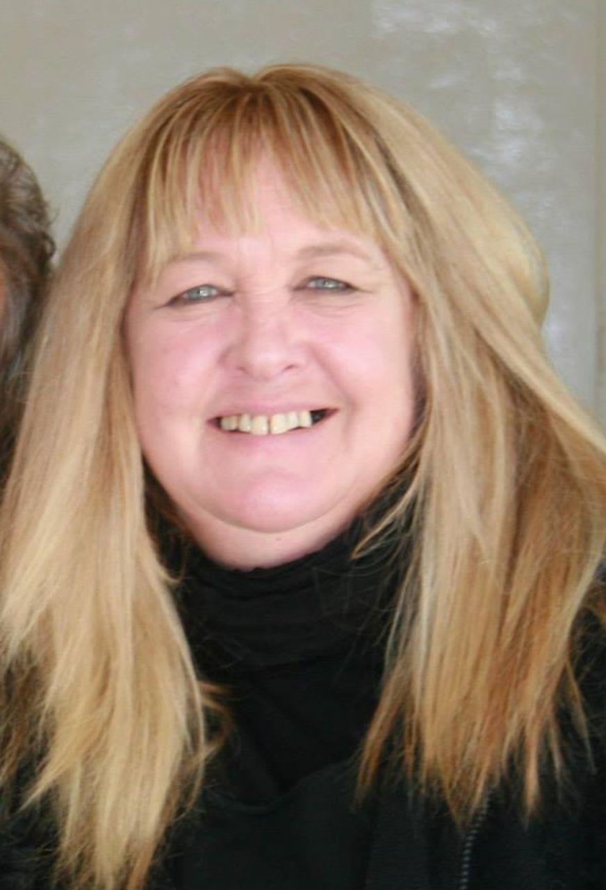 Suzanne Davies, bushfire survivor in East Gippsland, Australia